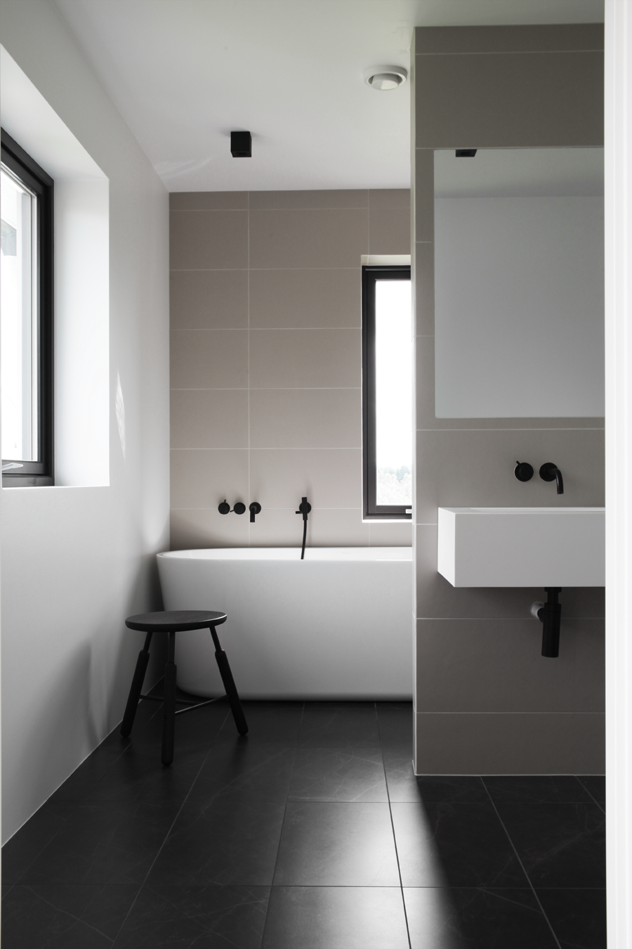 I´m Gathering Inspiration For The Bathroom In My New Apartment, And Its  Probably No Surprise Iu0027m Leaning Towards A Minimal Expression.